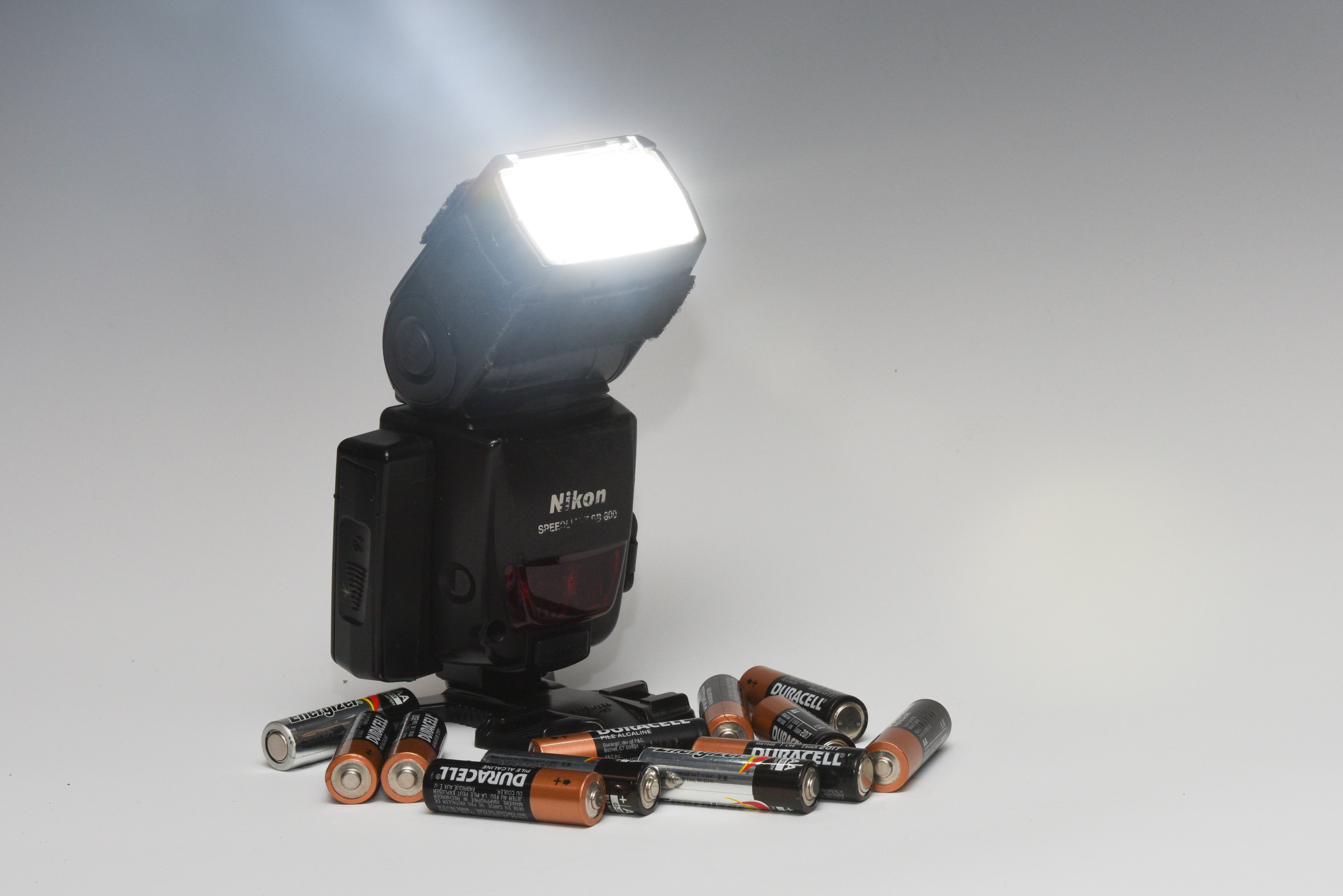 Flash With Base and Batteries